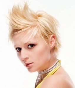 https://fashionxx.files.wordpress.com/2011/04/2010-trendy-short-hairstyles.jpg?w=255