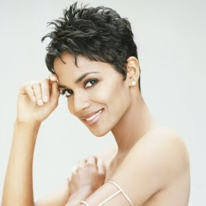 https://fashionxx.files.wordpress.com/2011/04/halle-berry-short-hair.jpg?w=300