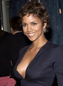 https://fashionxx.files.wordpress.com/2011/04/halle-berry2.jpg?w=220