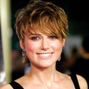 https://fashionxx.files.wordpress.com/2011/04/short-hairstyles-keira-knightley31.jpg?w=300