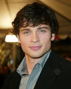 https://fashionxx.files.wordpress.com/2011/04/tom-welling-wedgecut.jpg?w=240