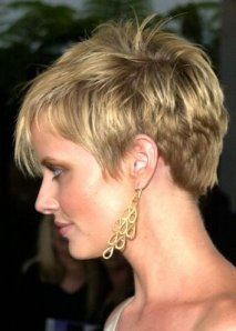 https://fashionxx.files.wordpress.com/2011/05/cute-short-hairstyles-05.jpg?w=213