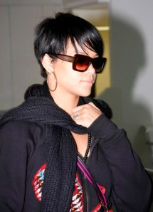 https://fashionxx.files.wordpress.com/2011/05/virtual2b-short_hair2bstyles_rihanna.jpg?w=215
