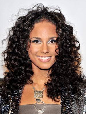 alicia keys medium length curly hairstyles  fashion celebrity