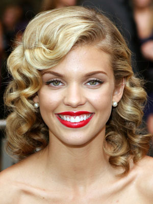 Super Pin Curl Hairstyle Fashion Celebrity Hairstyles For Women Draintrainus