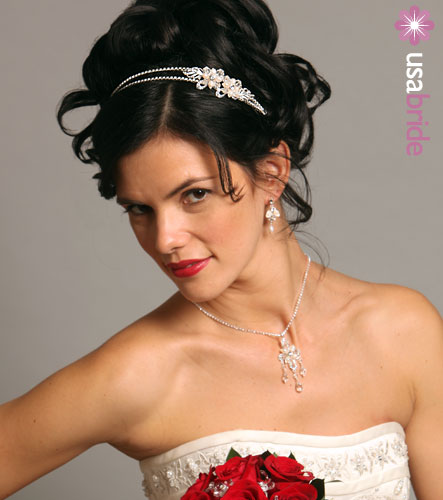 Hairstyle Ideas for Brides – Wedding Hairstyles with Headbands